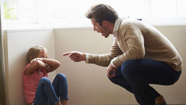 Cách phê bình trẻ con